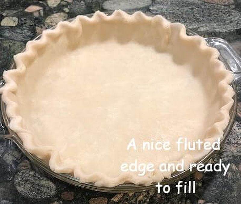 Pie dough decorative edge