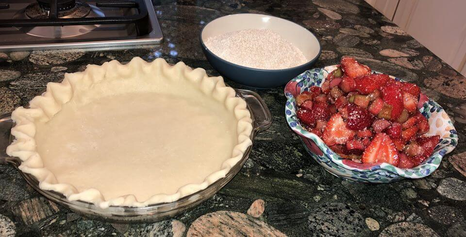 Rhubarb pie ingredients and pie shell