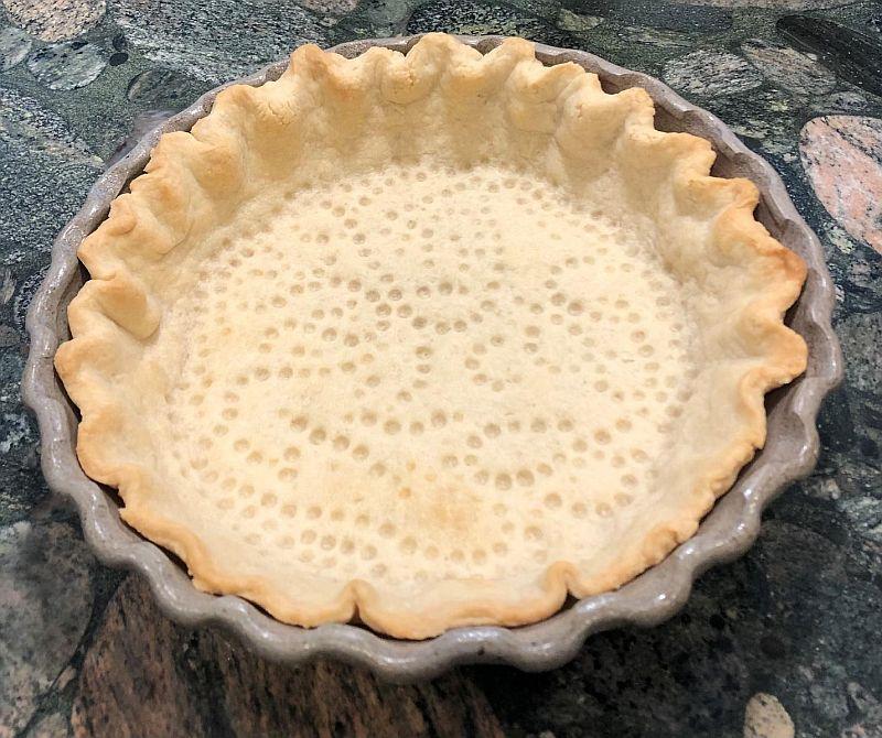 pie shell ready for lemon filling